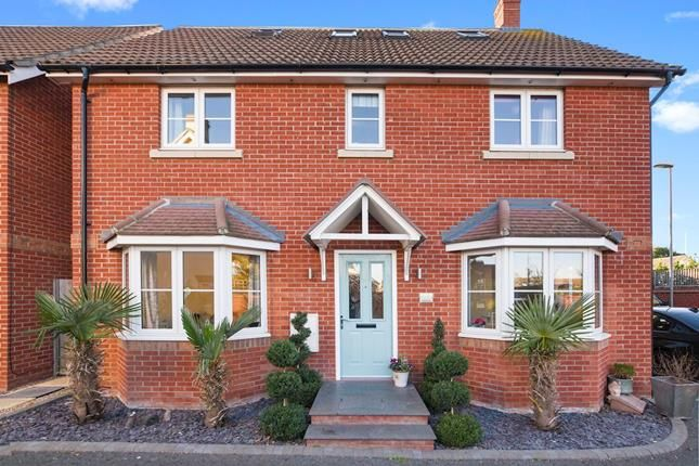 Thumbnail Detached house for sale in Teal Avenue, Chelmsford, Essex