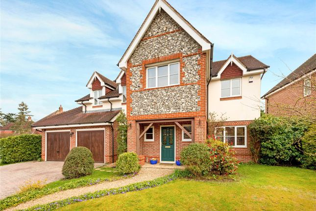Thumbnail Detached house for sale in Heather Gardens, Newbury, Berkshire
