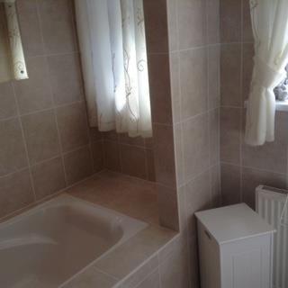 Bathroom Vendor of West Looe Hill, Looe PL13
