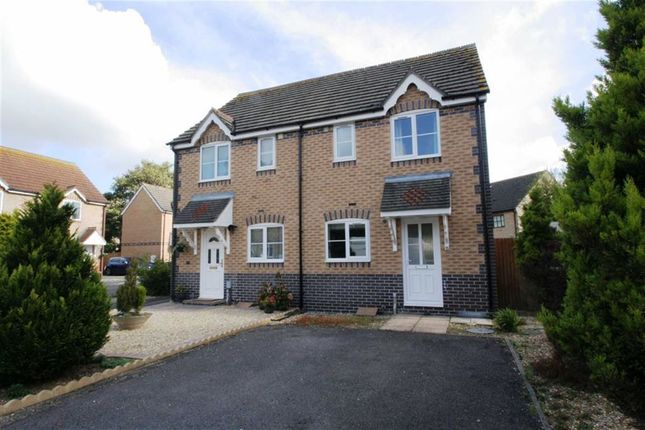 Thumbnail Semi-detached house to rent in Glebelands, Thatcham