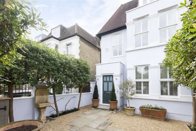 Thumbnail Property to rent in Homefield Road, London