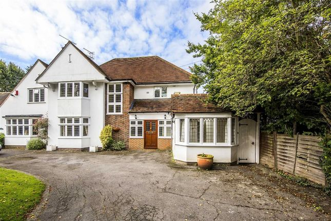 Thumbnail Property to rent in Brook Gardens, Coombe, Kingston Upon Thames