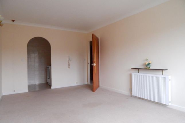 Thumbnail Flat to rent in Homeglade House, St Johns Road, Eastbourne