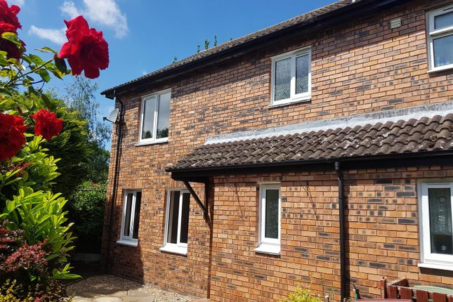 3 bed end terrace house to rent in Oakfield Road, Shawbirch, Telford. TF5