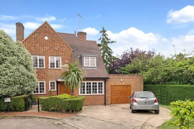 Thumbnail Detached house for sale in The Leys, Hampstead Garden Suburb, London
