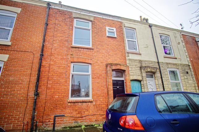 Thumbnail Terraced house for sale in Elmsley Street, Preston