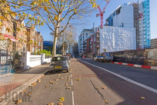Picture 4 of Clarence House, Sovereign Court, Hammersmith W6