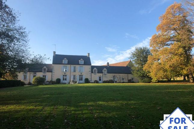 Thumbnail Country house for sale in Conde-Sur-Sarthe, Basse-Normandie, 61250, France