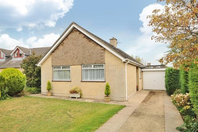 Thumbnail Bungalow to rent in Stonesfield, Oxfordshire