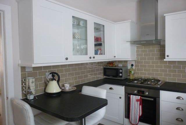 Kitchen 2 of East Crosscauseway, Newington, Edinburgh EH8