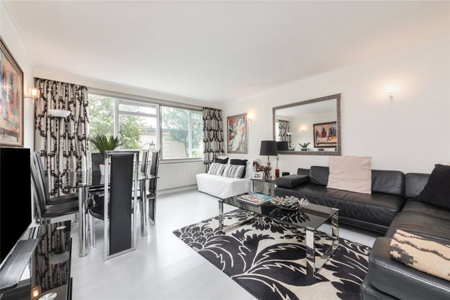 Thumbnail Property for sale in Clifton Place, The Hyde Park Estate, London