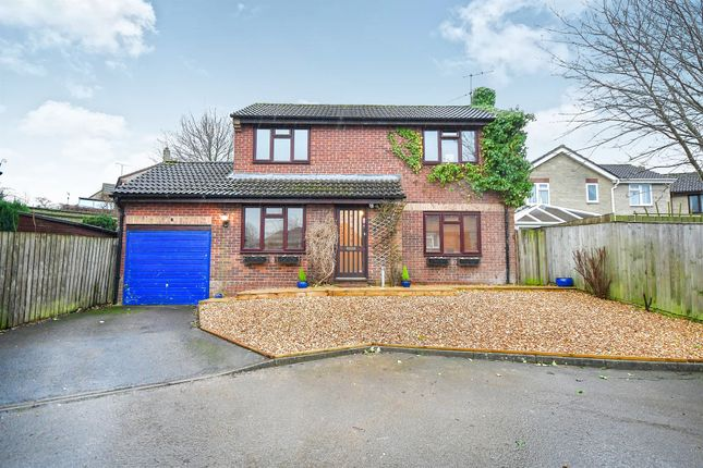 Thumbnail Detached house for sale in Wenhill Heights, Calne