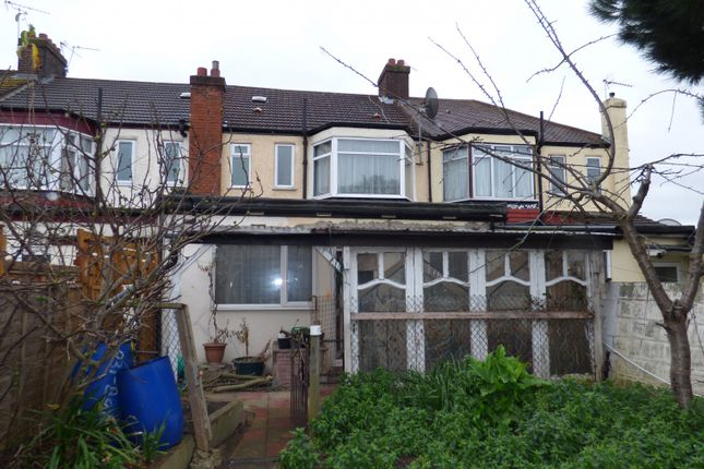 Thumbnail Terraced house for sale in Great Cambridge Road, London