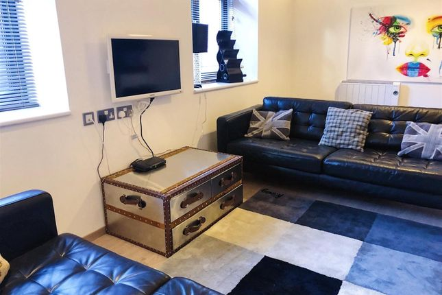 Thumbnail Flat to rent in King Charles Street, Leeds