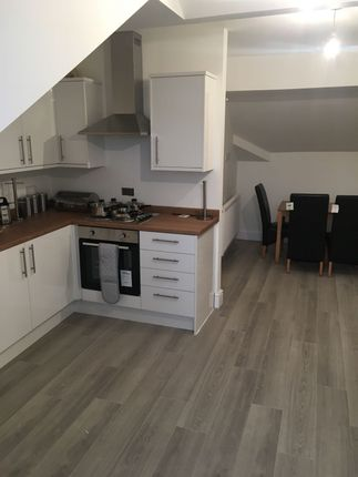 Thumbnail Flat to rent in Street, Warrington, Cheshire