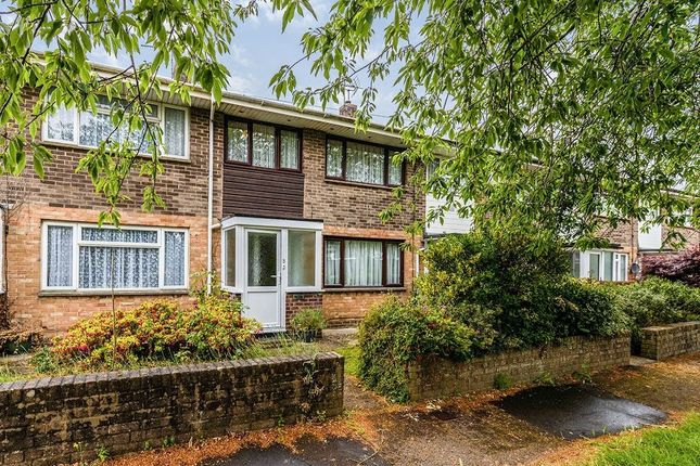 2 bed terraced house to rent in Passfield Walk, Havant PO9