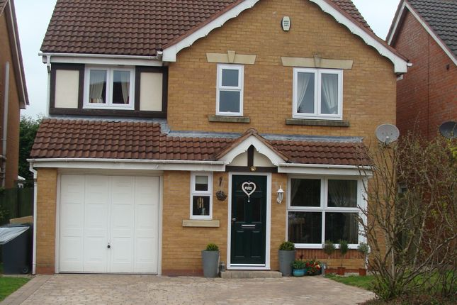 Thumbnail Detached house for sale in Sandown Road, Catshill