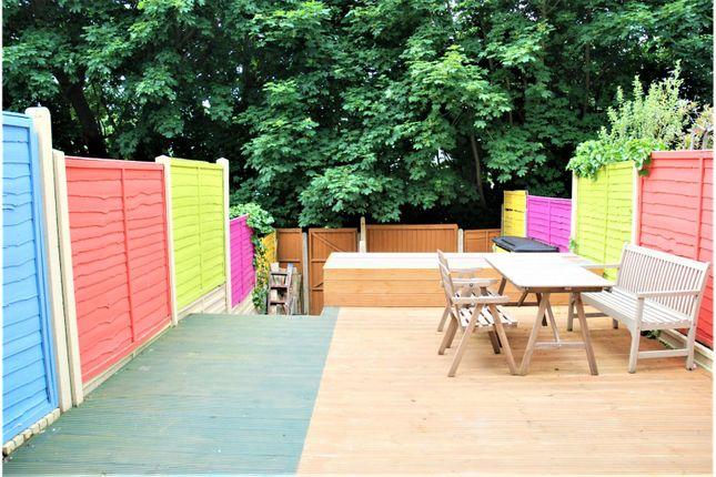 Garden of Garland Close, Hemel Hempstead HP2