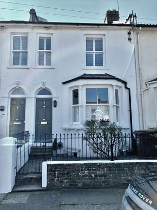 Terraced house for sale in Gordon Terrace, Rochester