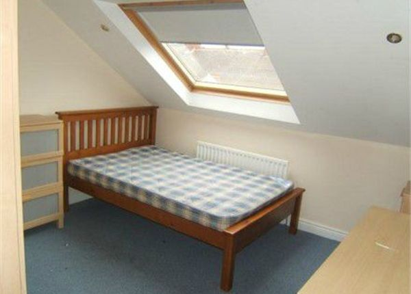 Thumbnail Terraced house to rent in Hazelwood Avenue, Jesmond, Newcastle, Tyne And Wear