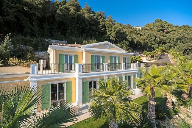 Villa for sale in Grasse, French Riviera, France