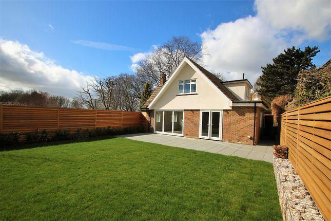 Thumbnail Detached bungalow to rent in Brownlow Road, Park Hill, East Croydon, Surrey