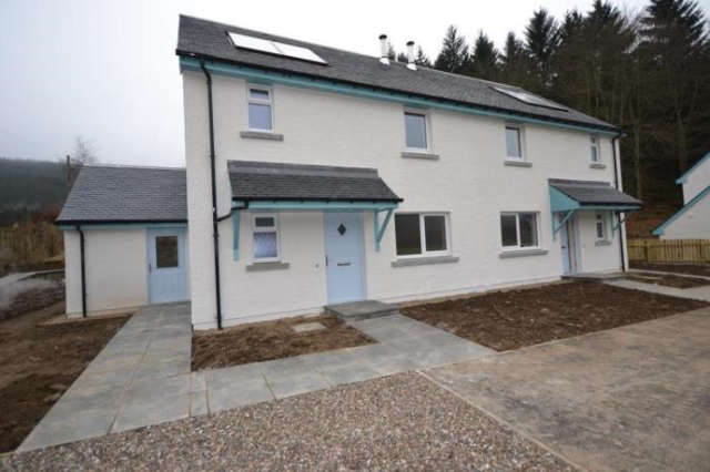 Thumbnail Semi-detached house to rent in Silverknowe, Dalguise