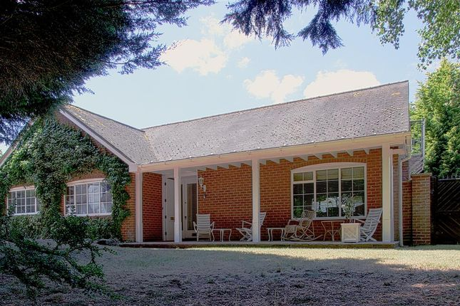 Thumbnail Detached bungalow for sale in Dark Lane, Tiddington, Stratford-Upon-Avon, Warwickshire