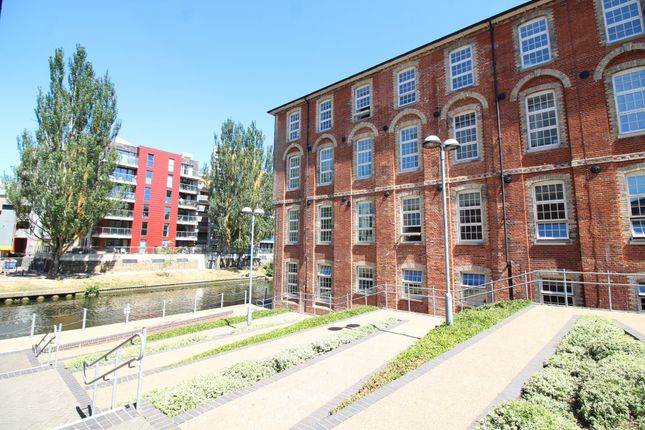Thumbnail Flat for sale in Paper Mill Yard, Norwich