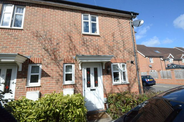 Thumbnail Semi-detached house to rent in Tithing Road, Fleet