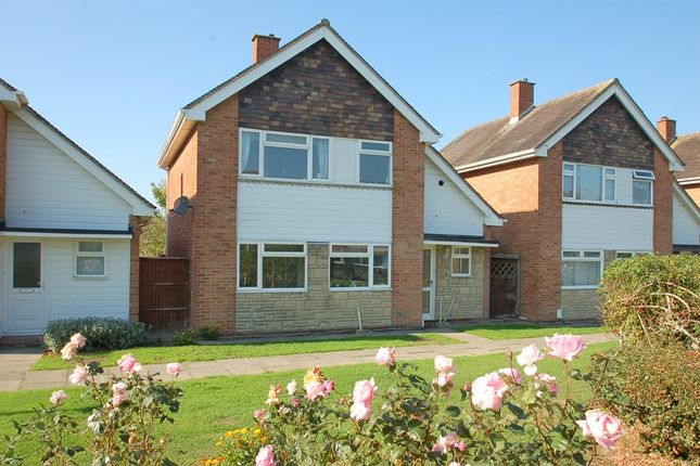 Thumbnail Detached house for sale in Mallard Gardens, Peel Common, Gosport