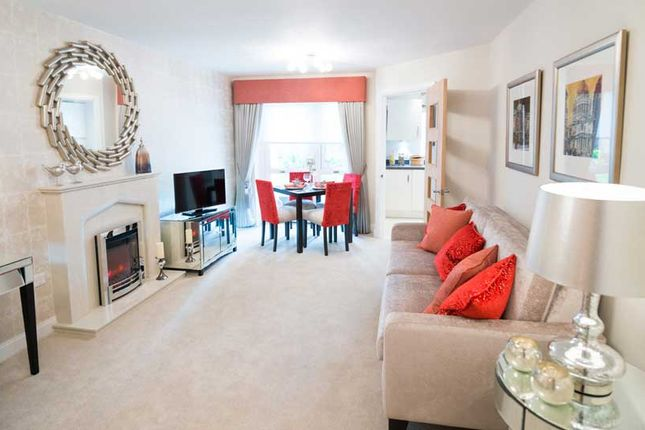 Thumbnail Flat for sale in High View, Bedford