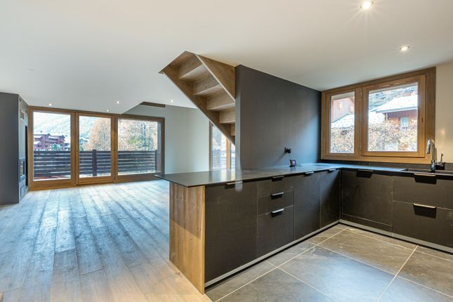 Apartment for sale in 73150 Val-D'isère, France
