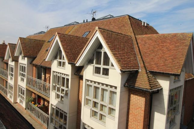 Thumbnail Flat to rent in Adelaide Place, Canterbury