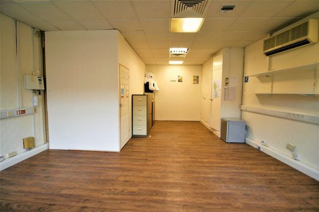 Thumbnail Property to rent in First Floor, High Street, Romford