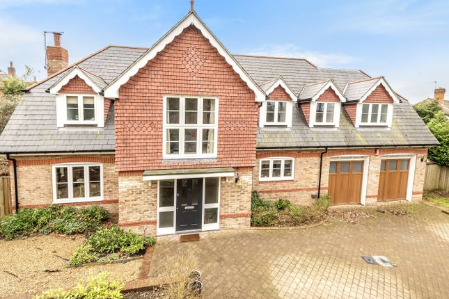 Thumbnail Detached house for sale in Hatch Lane, Liss