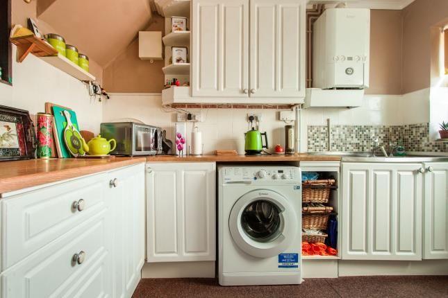 Kitchen of Lakeside, Rainham RM13