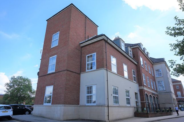 1 bed flat to rent in Leasowes House, Main Street, Dickens Heath, Solihull B90