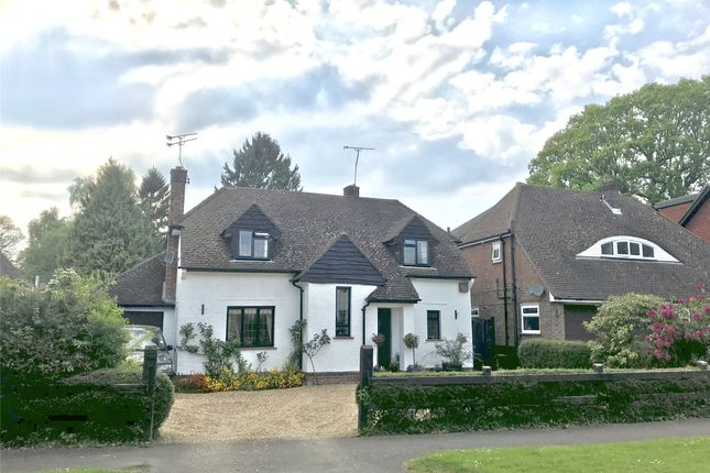 Thumbnail Flat to rent in Wheeler Avenue, Oxted, Surrey