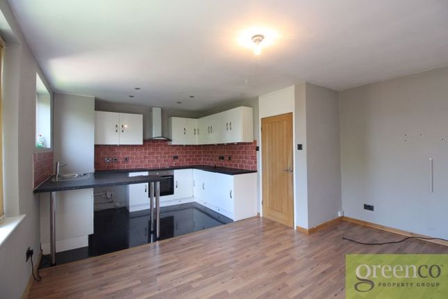 Thumbnail Flat to rent in Kingsmead Mews, Blackley, Manchester