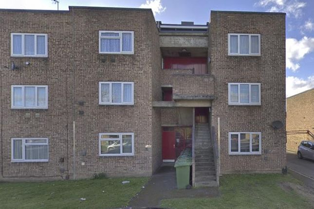 Outside.Png of Whitley Close, Stanwell, Staines-Upon-Thames TW19