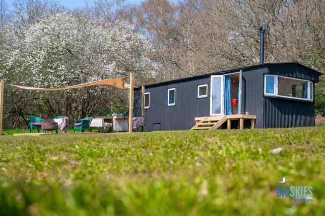 Thumbnail Lodge for sale in Fen Meadow, Aldringham-Cum-Thorpeness