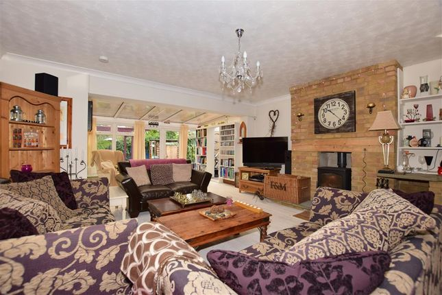 Thumbnail Detached house for sale in Kiln Field, Hook End, Brentwood, Essex