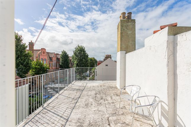 Roof Terrace of Stirling Place, Hove BN3