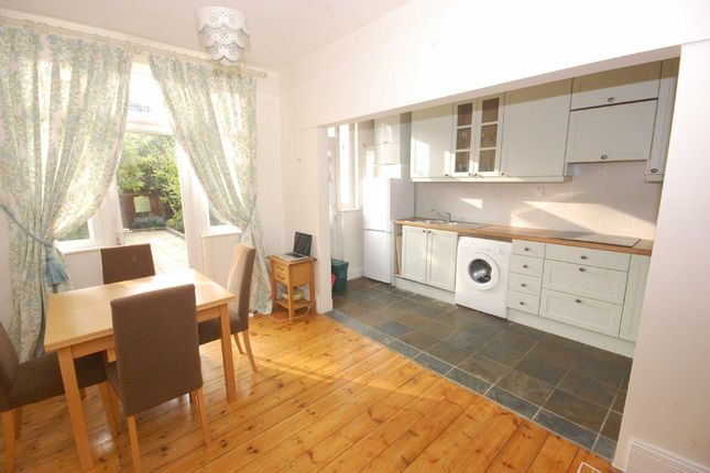 Thumbnail Flat to rent in Thurlow Road, London