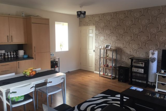 Thumbnail Flat to rent in The Corner House, Major Cross Street, Widnes