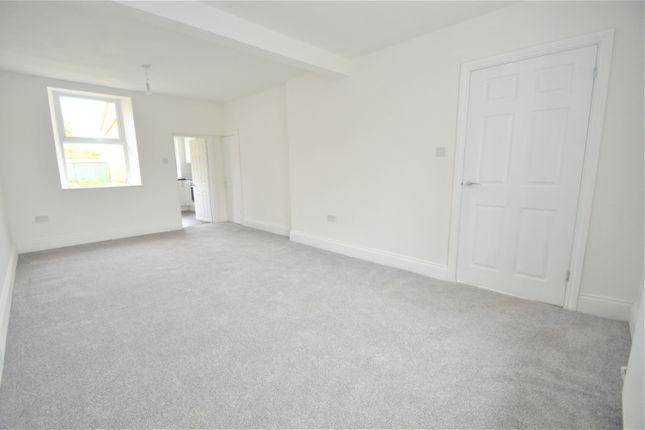 2 bed property to rent in John Street, Treherbert, Treorchy CF42