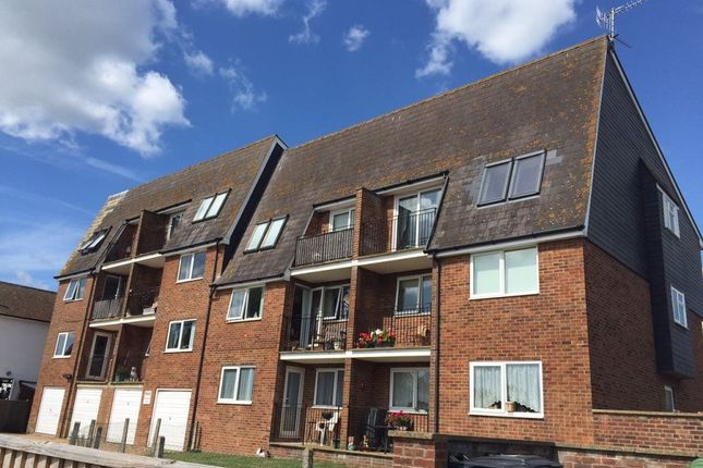 2 bed flat to rent in Eastbourne Road, Pevensey Bay, Pevensey