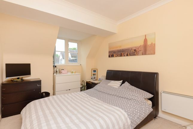 Bedroom of Willoughby Court, St Johns Lane, Canterbury CT1