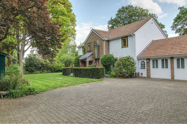 Thumbnail Detached house for sale in Madingley Road, Cambridge